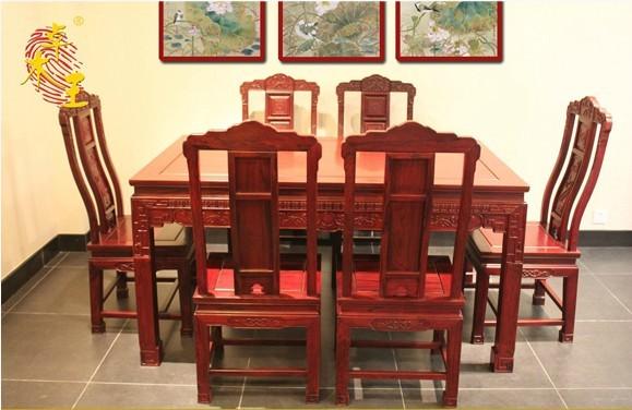 汉宫春晓餐桌(卓木王)